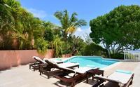 La Tortue - Id al pour les couples et les familles belle piscine et plage