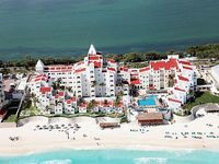 GR Caribe Deluxe by Solaris All Inclusive Resort Sleeps 6-Cancun Mexico