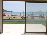 True front line beach and sea apartment eight paces to the sandy beach sea