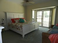 3 Bedrooms 3 Bathrooms Sleeps 8