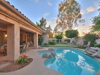 Brand new remodel gourmet kitchen 4 bedrooms 7 beds pool with spa 65 4K TV