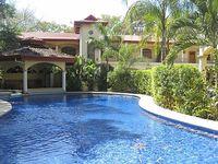 2 Bedrooms 2 Full Baths Tropical Pool - Sleeps 6 steps to beach