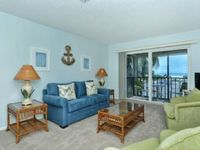 Charming Beach theme condo with beautiful gulf views