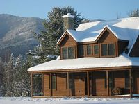 Near Whiteface Mountain Hot Tub 5 Bedrooms with 3 Master Suites 4000 sq ft