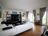 Large apartment 120 meters squares Rue CORVISART with a view on Eiffel tower