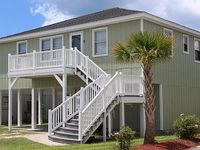 Channel House Dock- 4 Bed 2 Bath Sleeps 13 Easy Beach Walk Pets Considered