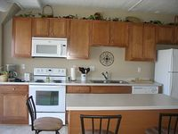 1st Floor - 2 Bedroom 2 Bath with Large Deck Facing Sandusky Bay and Pier