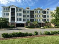 Enjoy a spacious 1 600 sq ft newly furnished condo on the Delaware Shore