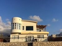 Special Week Price Villa in Secluded Area with Stunning Mountain and Sea Views