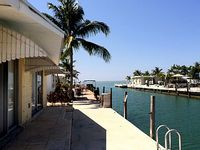 Neat Oceanview Waterfront 2br