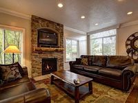 Lakeside 14 - Closest Lodging to Snowbasin - Sleeps 8
