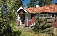 1 bedroom accommodation in F rjestaden