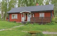 2 bedroom accommodation in Runh llen