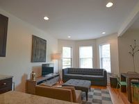 Massive 4 Bedroom Duplex In Lakeview Sleeps 10 - Walk To Wrigley