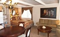 Lodging 1 Bedrooms 1 Baths Sleeps 2