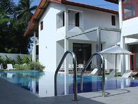Villa in Hikkaduwa 5 bedrooms 4 bathrooms sleeps 10