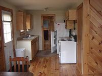 Relaxing get away on 5 acres with fishing pond Close to Keuka Lake Grimes gle
