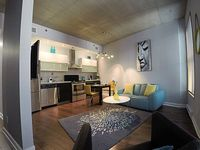 Great Appartment Ideal For 1-2 Guests Located In The Heart Of Old Montreal In T