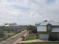 4 Bedroom 3 Bathroom Property Is Close To Beach Pool Included