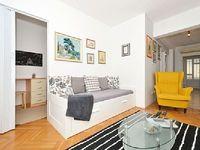 Apartment in Kastel Kambelovac 3 bedrooms 1 bathroom sleeps 6