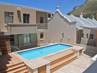 Apartment in Cape Town with Pool Lift Parking Balcony 503981