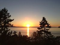 Sweeping Sunset Getaway - A Million Dollar View On Whidbey Island s Mutiny Bay