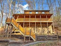 3 Bedroom 3 Bath Cabin Sleeps 12