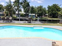 5 Bedroom 2 Baths Waterfront Home Close To The Beach