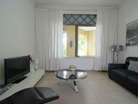 Apartment in Dubai 1 bedroom 1 5 bathrooms sleeps 2