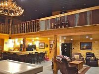Beautiful Lodge Style Living Hunting And Fishing Available Pet Friendly