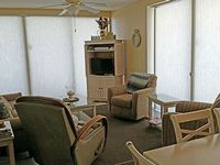 Condo 3 bedrooms 3 baths Sleeps 8