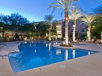 Golf and Paradise Valley shopping and restaurants walking distance