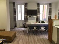 4 BEDS MODERN ALL RENOVATED IN NICE OLD TOWN F4 spatieux AND COMFORTABLE IN