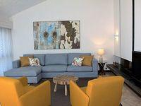 4 bedroom villa overlooking Pinhal Golf Course 10 minutes walking from Marina