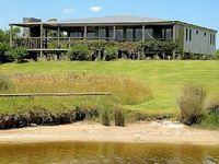 Cottage Vacation Rentals 5 bedrooms 2 bathrooms sleeps 9