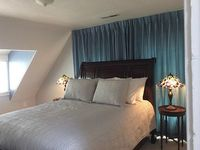 2 bedrooms 2 bath with Water Views of Narragansett Bay the Newport Bridge