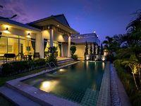 Villa in Tambon Nong Kae 3 bedrooms 2 bathrooms sleeps 10