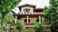 Villa in Unawatuna 4 bedrooms 2 bathrooms sleeps 8