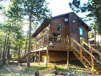 Custom-Built 1BR + Loft Black Hills Cabin w Large Wraparound Deck Hot Tub Great Views