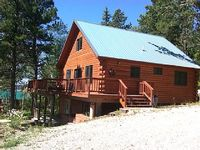 Fantastic 2BR + Loft Cabin in the Black Hills - 3 4 Mile from the Ski Slopes Beautiful Views