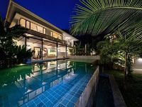 Villa in Ko Samui 5 bedrooms 4 5 bathrooms sleeps 10