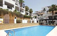 2 bedroom accommodation in Altos de los M nteros