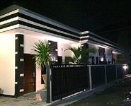 House in Denpasar 2 bedrooms 2 bathrooms sleeps 12