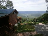 Awesome Views of the Potomac River and Valley from your Secluded Hide-A-Way
