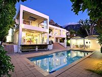 Lovely 6-bed villa in a quiet section of Camps Bay close to Glen Beach