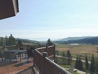 Sweeping views of the Hoback Mtn Range luxurious lodge all amenities