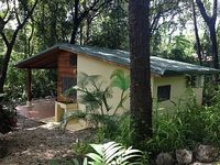 La Casa Sombra- On the Nosara yoga trail walk to everything in minutes