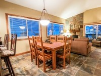 Ski-in Ski-Out 2 BDRM + LOFT Slopeside Condo on Park City Mountain Resort