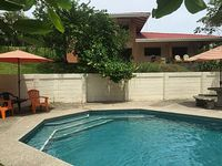 Custom Home Swimming Pool 5 Minute Walk to Beach