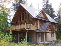 Beautiful Hand Crafted Log Chalet - Great Views